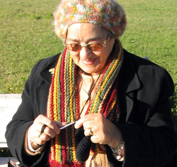 Crocheter in Lisbon