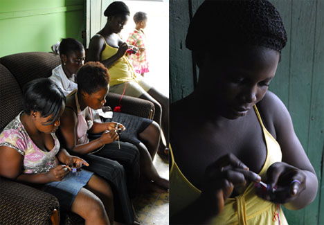 Learning to tapestry crochet in Ntonso, Ghana