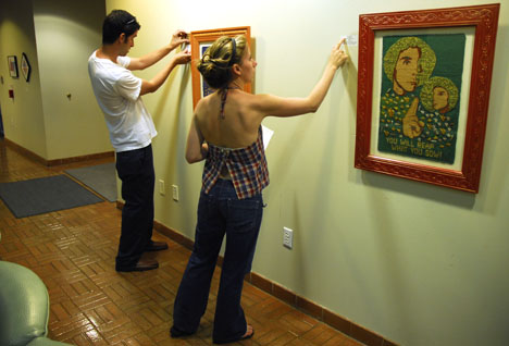 Damon and Shayna Installing my VSCC Tapestry Crochet Show